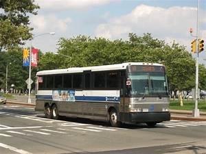 File:MTA New York City Bus MCI D4500CL (2007).jpg