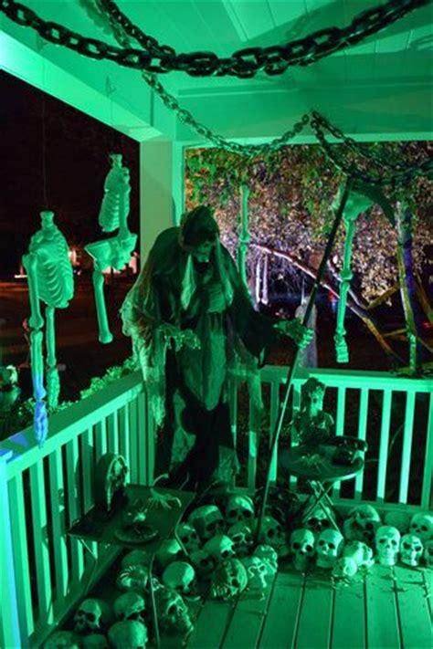 death   love  porch scene halloween forum