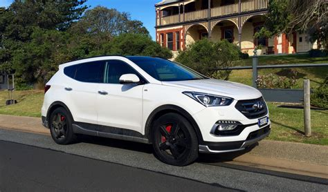 2016 Hyundai Santa Fe Review - photos | CarAdvice