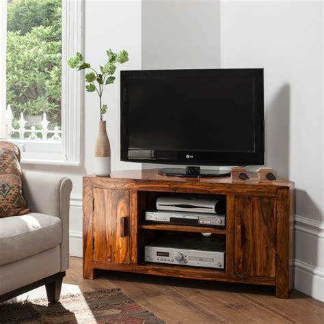 schrank an wand befestigen hifi möbel design für eine schicke und moderne wohnatmosphäre