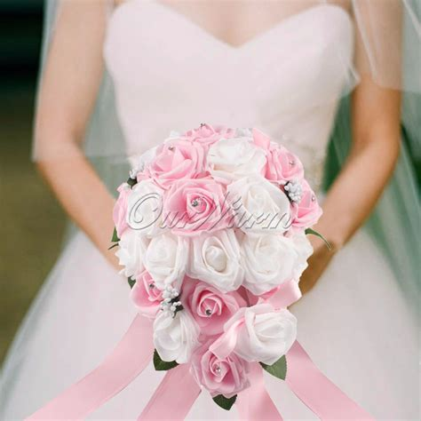 teardrop wedding bouquet bridal rose teardrop
