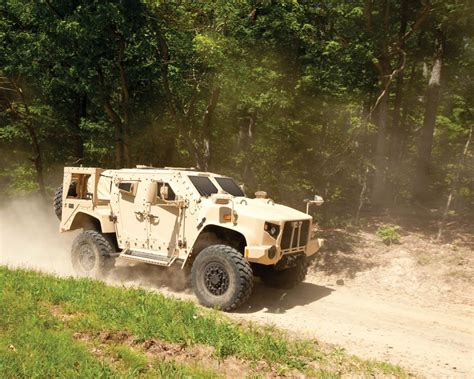 humvee replacement here is the badass truck replacing the us military 39 s aging