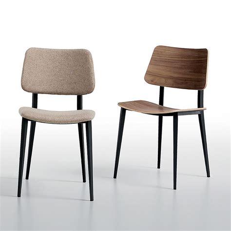 chaises m joe chaise midj en métal et bois en différentes