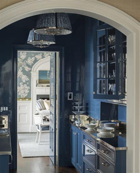chambre gar輟n bleu 1001 idées pour la décoration d 39 une chambre bleu paon