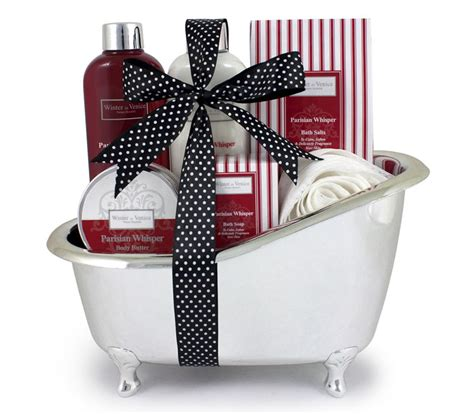 perfect christmas hampers ideas  uk christmas