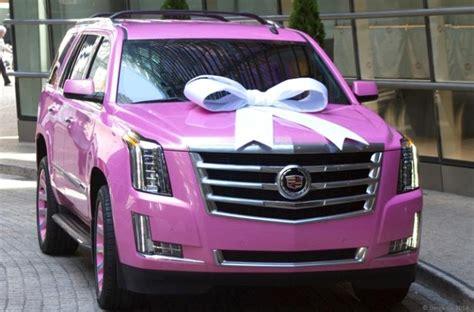 university  louisville star quarterback thinks pink