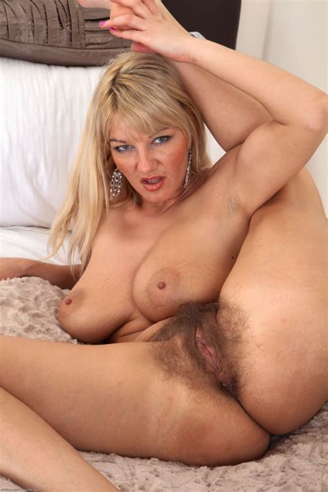 Naked Women Over Hairy Pussy Xwetpics Com