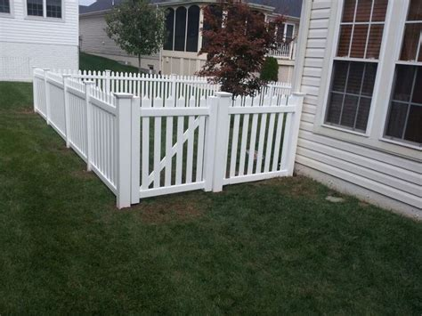 fencing materials ideas  pinterest house fence design wire  wood fence  wire