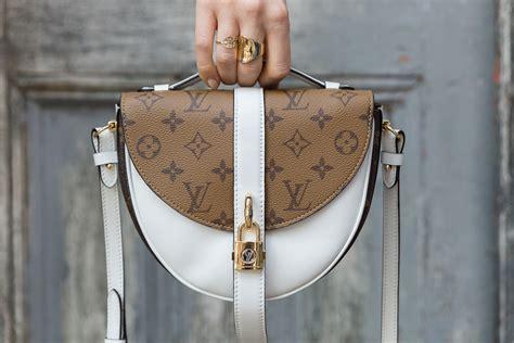 close    louis vuitton chantilly lock bag purseblog