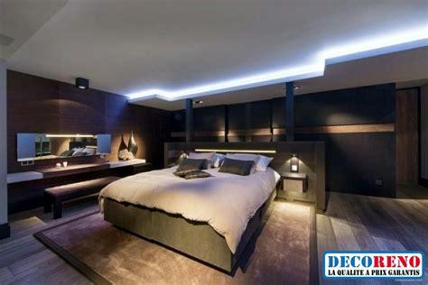 chambre parentale optez pour un plafond moderne avec un éclairage à rubans led