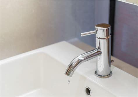 rubinetto gocciola come riparare il tuo rubinetto gocciola in 5 semplici