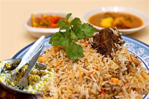 biryani indian cuisine indian cuisine hyderabadi traditional chicken biryani