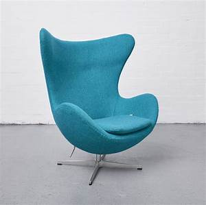 Egg Chair Arne Jacobsen : original arne jacobsen egg chair and footstool reloved ~ A.2002-acura-tl-radio.info Haus und Dekorationen