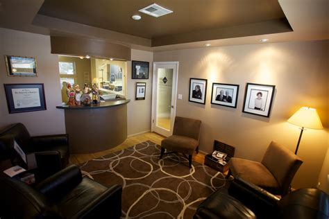 bureau reception office reception area decorating ideas creativity