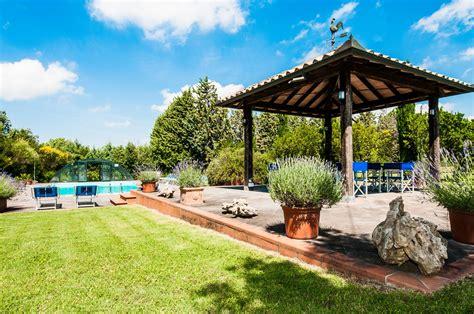 Pool Für Kleinen Garten by Swimmingpool Und Garten Locanda Pantanello