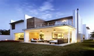 2 house designs modern contemporary house design 2 modern house designs houses design mexzhouse com