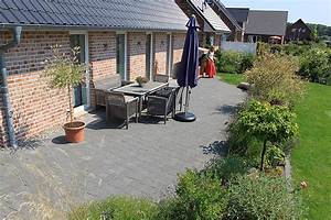 Möbel Für Die Terrasse : terrassen in unterschiedlichen gr en farben und formaten reinhard sch fer garten und ~ Sanjose-hotels-ca.com Haus und Dekorationen