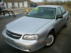 2004 Chevrolet Classic - Pictures