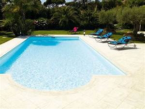 Travertin Exterieur Piscine : carrelage de sol ext rieur en composite travertin desjoyaux by desjoyaux piscine italia ~ Nature-et-papiers.com Idées de Décoration