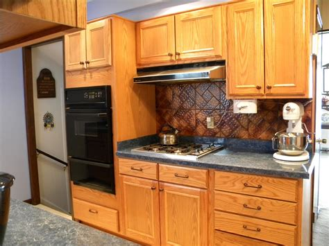 how to add knobs to kitchen cabinets mix and match of great kitchen cabinet hardware ideas for 9282