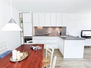 Küche Mit Geräten : apartment d nenblick juist herr jochen braksiek ~ Yasmunasinghe.com Haus und Dekorationen