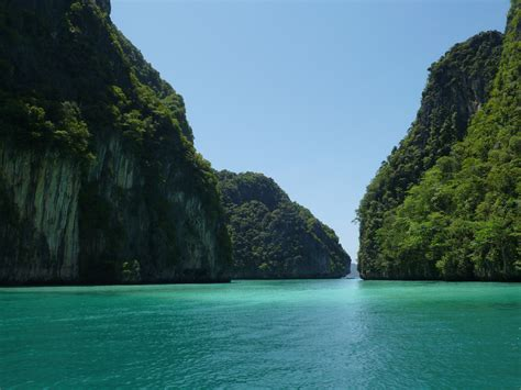 Cool Blue Background Hd Calm Railay Beach Thailand Desktop Background Hd 4320x3240 Deskbg Com