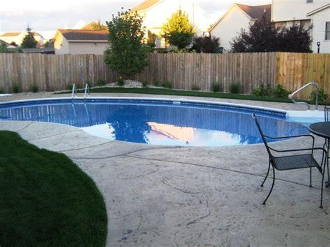 inground form liner kidney shaped pool landscape design