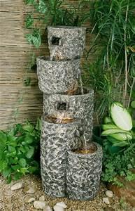 Maulwurfbekämpfung Im Garten : kaskaden brunnen mit graniteffekt 384 99 ~ Michelbontemps.com Haus und Dekorationen