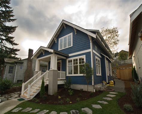 exterior paint colors  sell homes choosing
