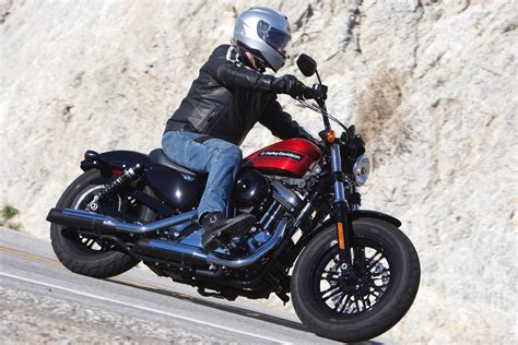 Review Harley Davidson Forty Eight by Harley Davidson Forty Eight Special Vs Indian Scout 2019