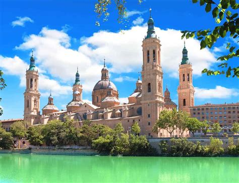 It's the fifth biggest city in spain with around 700.000 inhabitants, and fourth when it comes to economy. How to get from Madrid to Zaragoza | travel-boo | Portugal ...
