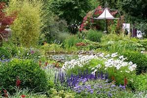 Pflanzen Rund Um Den Gartenteich : panoramio photo of bl tenpracht rund um den gartenteich ~ Whattoseeinmadrid.com Haus und Dekorationen