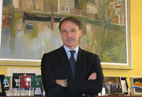 Banco Di Napoli Intesa San Paolo Intesa Sanpaolo Scintille Con Il Comune Di Napoli