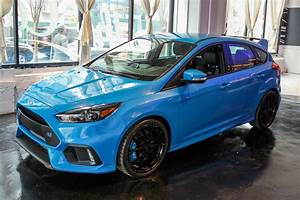Ford Focus Rs Bleu : 2016 ford focus rs first look spec pictures performance digital trends ~ Medecine-chirurgie-esthetiques.com Avis de Voitures