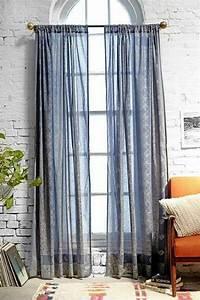 Gardinen Hohe Decken : die besten 25 lange gardinen ideen auf pinterest lange vorh nge vorh nge und vorh nge f r ~ Indierocktalk.com Haus und Dekorationen