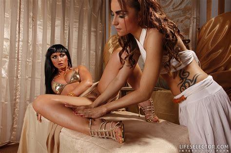 Arousing Babe Leyla Black And Kathia Nobili Recreate