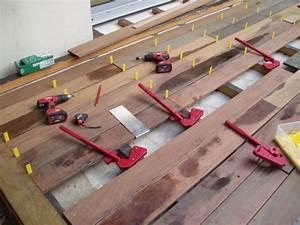 Pose De Lame De Terrasse : terrasse en lamelles de bois ~ Edinachiropracticcenter.com Idées de Décoration