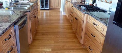 Discount Vinyl Flooring Store of New Orleans   B & B Flooring