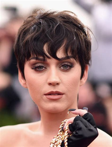 Pixie Hairstyles For 40 by 20 Inspirations Of Pixie Haircuts For 40
