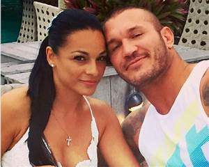 Randy Orton and wife expecting a daughter – Fights Day