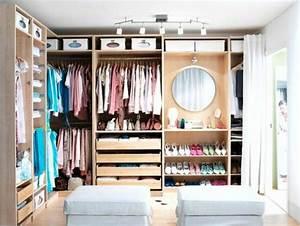 Ideen Begehbarer Kleiderschrank : luxus begehbarer kleiderschrank bedarf oder verw hnung ~ Markanthonyermac.com Haus und Dekorationen