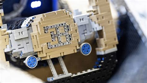 It also boasts 5.3 horsepower, as well as real bugatti chiron wheels. Lego Bugatti Chiron Gets The Walkaround Treatment Like A Real Car