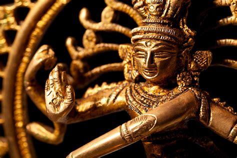 Statue Of Indian Hindu God Shiva Nataraja  Lord Of Dance
