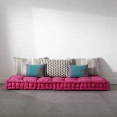 matelas futon pour banquette idea on parisian bathroom grass and canapes