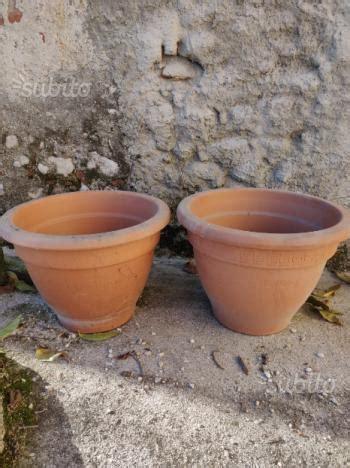 vasi giardino terracotta nidi in terracotta per colombi posot class