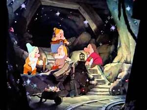 Blanche Neige Disney Youtube : heigh ho blanche neige et les sept nains youtube ~ Medecine-chirurgie-esthetiques.com Avis de Voitures
