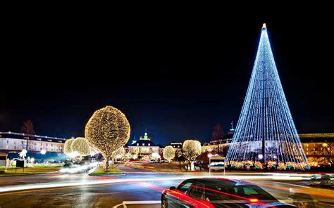 americas favorite cities  christmas lights