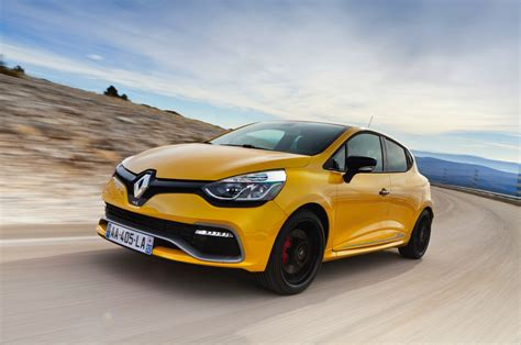 renault clio sport renault cars news clio rs200 arrives 2014 lighter quicker