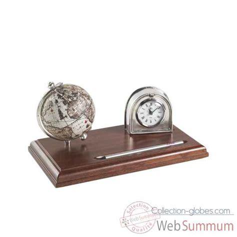 horloge sur bureau bureau sur collection globes