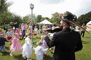 May Day celebrations 2017: Maypole, May Queen and Morris ...